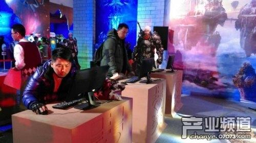 360游戏狂欢节7D技术还原《黑暗之光》世界