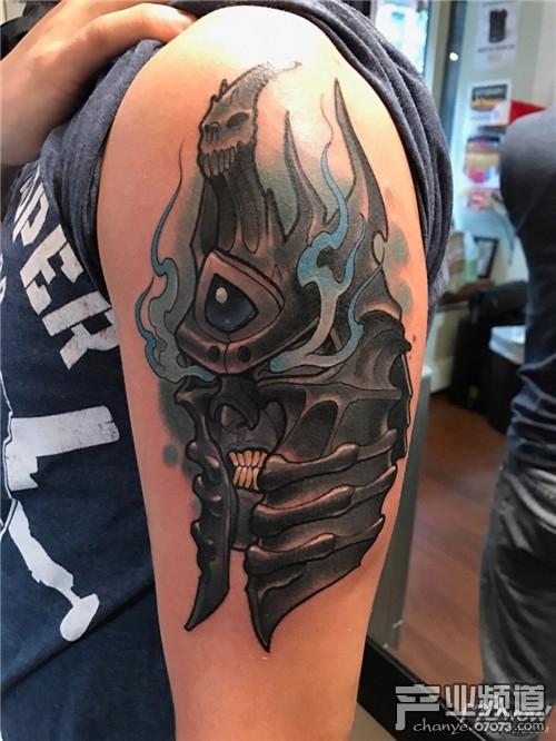 国外魔兽玩家秀游戏纹身 哪个最酷?