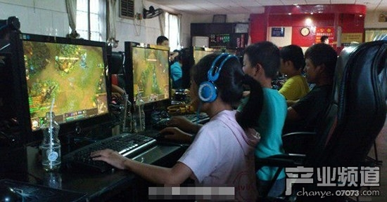 研究显示:经常玩游戏,考试分数高
