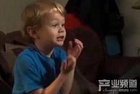 4岁男孩发现微软游戏漏洞 获官方现金奖励